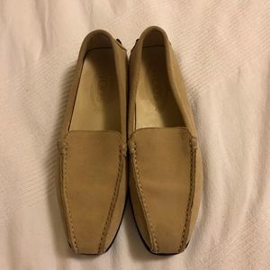 J.P. Tod's vintage loafers tan taupe suede size 37